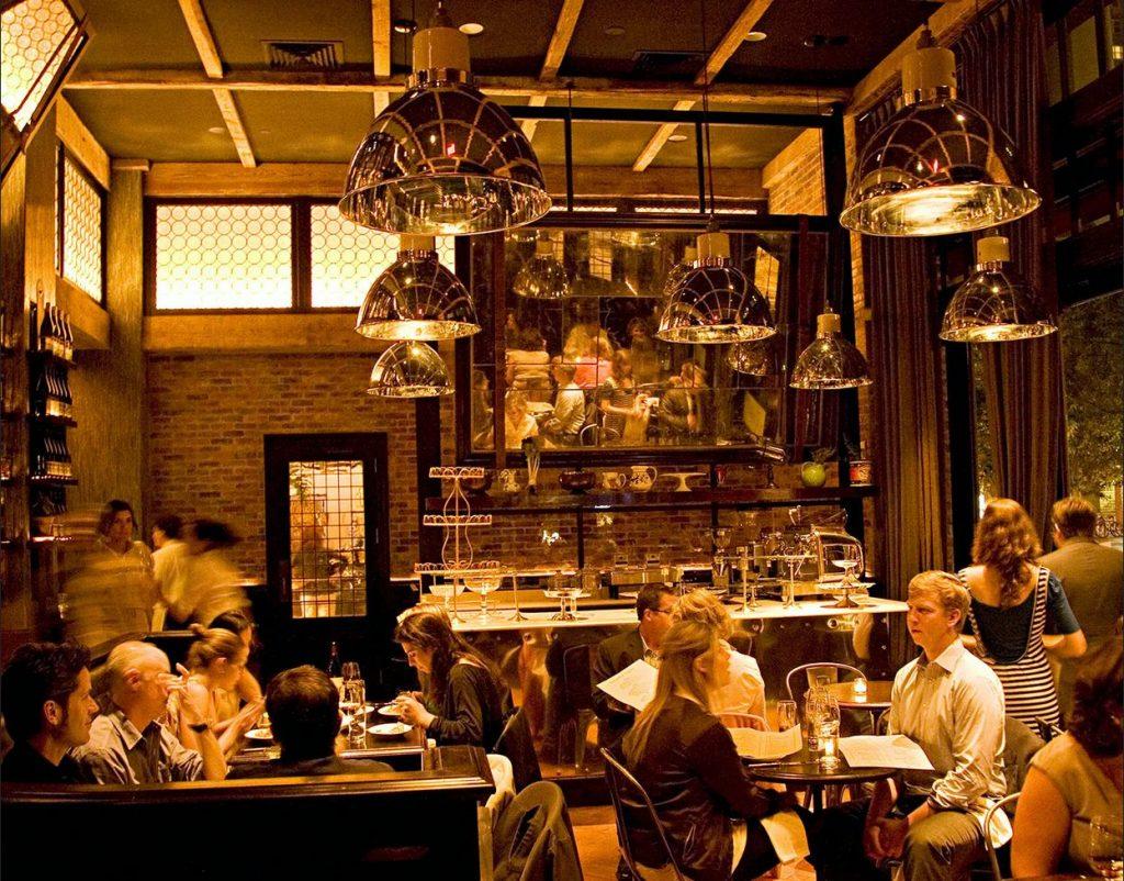inside-locanda-verde-restaurant
