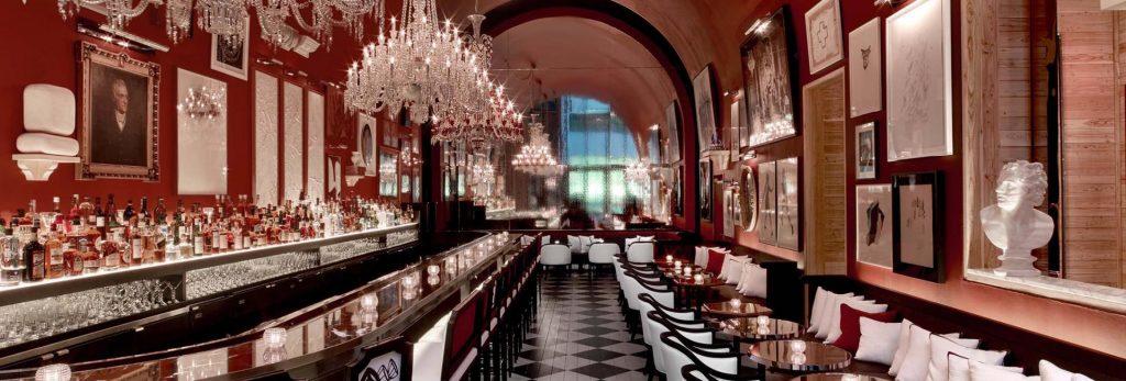 the-grand-salon-at-the-baccarat-hotel-bar
